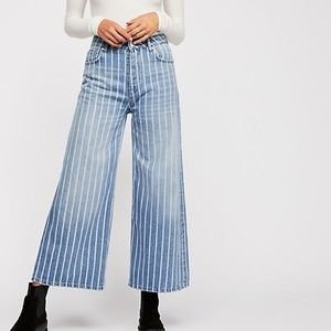 🆕Free People Earn Your Stripes Wide Jeans